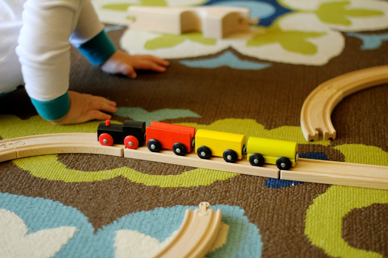 a review of ikea 39 s lillabo 20 piece train set parental perspective. Black Bedroom Furniture Sets. Home Design Ideas